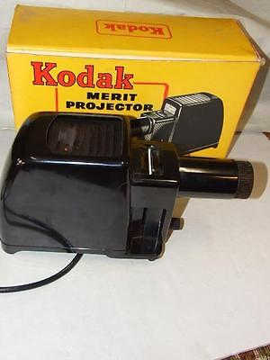 ANTIQUE KODAK  BLACK BAKELITE  MERIT  SLIDE PROJECTOR W  ORIGINAL BOX 1930's