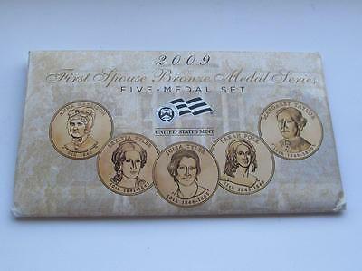 United States Mint USA First Spouse 5 Bronze Medal Set Dated 2009