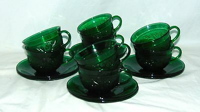 8 Anchor Hocking *SANDWICH GREEN* CUPS & SAUCERS*