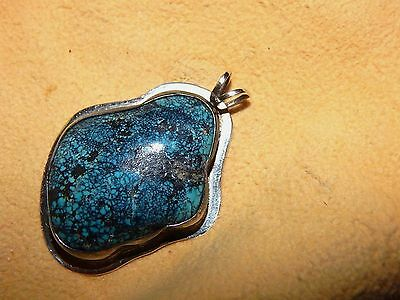 Beautiful  Large Vintage New Lander Blue Pendant  Sterling Silver Chain