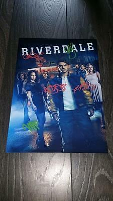 "Riverdale Pp Signed 12""x8"" A4 Photo Poster Kj Apa Lili Reinhart Cole Sprouse"