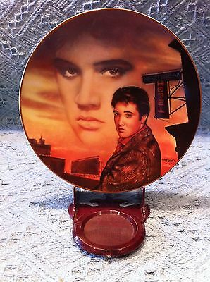 "Nos 1992 Delphi Elvis Presley Hit Parade ""heartbreak Hotel"" Plate"