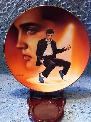 "Nos 1992 Delphi Elvis Presley Hit Parade ""blue Suede Shoes"" Plate"