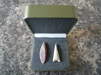 Neolithic Arrowheads x 2 in Display Case - 4000BC (Q138)