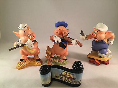 Walt Disney Classics The 3 Little Pigs Figurine Set With Opening Title