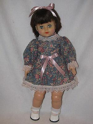 """21"""" Vintage Little Girl With Black Hair Doll By EEGEE"""