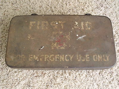 Vintage US WW2 Vehicle Metal First Aid Kit (Box Only)