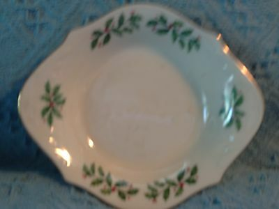 "Nos Lenox ""holiday Holly"" Serving Plate/bowl"