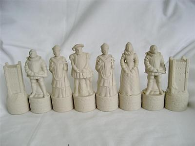 Wade Full Set of White Rose Chess Pieces Beneagles Whiskey (Perfect)
