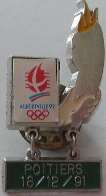 Poitiers Albertville France 1992 Winter Olympic Games Flame Torch Pin Badge