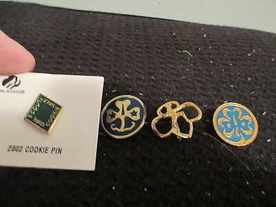 Lot of 4 Girl Scout Pins, 3 Vintage + 1-2002 Cookie Pin-EUC-FREE SHIPPING