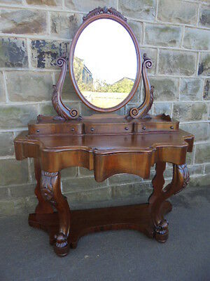 Antique Mahogany Dutches Dressing Table
