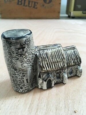 Tey Terra Pottery'Britain in Miniature'Countryside Collection-Round Tower Church