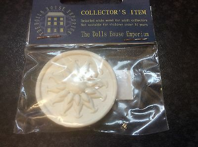 The Doll's House Emporium Plaster Ceiling Rose 38mm