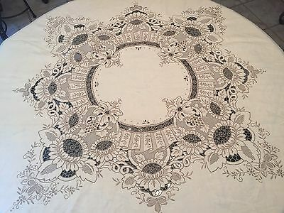 "LAVISH Madeira Hand Embroidered 86"" Round Ecru Linen Tablecloth Floral  E131"