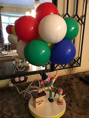 Vintage 1970's Dolly Clown Balloon kids lamp; Cane, strings and colors good,