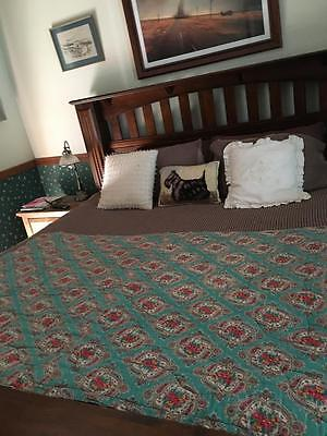 Vintage Paisley Eiderdown / Sleepmaster Fabulous Green Floral Collectable - Rare