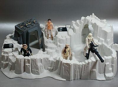 Vintage Star Wars Complete Hoth Imperial Attack Base Playset + 4 Figures Kenner