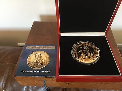 The London Mint Office Cased Set:st George & The Dragon Commemorative Coin Nr400