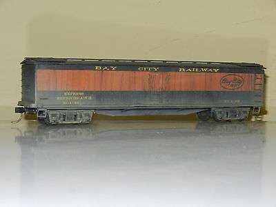 Athearn 50' Reefer Box Car Bay City Railway Ho Scale Weathered Excellent