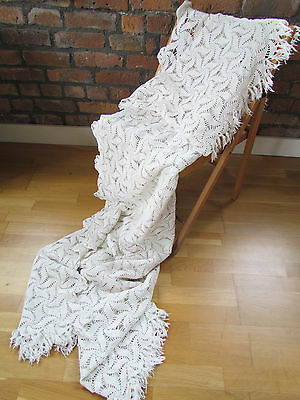 Vintage retro shabby chic hand-crocheted cotton lace bedspread / sofa throw