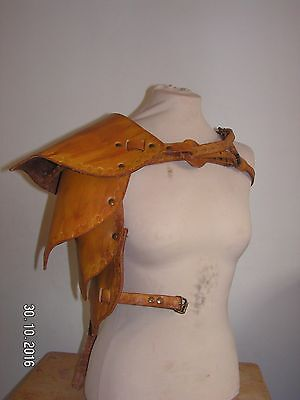Brown Wood Elf, Ranger, Warden Leather Pauldron/Spaulder Shoulder Armour LARP