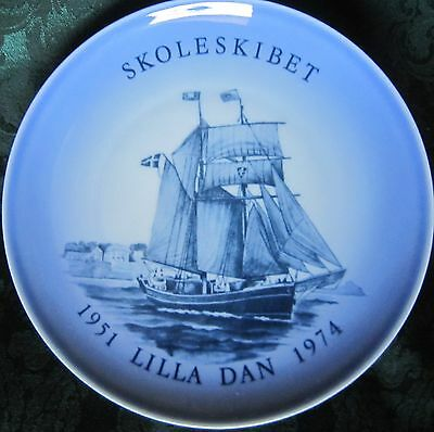 Danish Marine Plate No 4 'Lilla Dan' Bing and Grondahl 1974 18 cm diam.