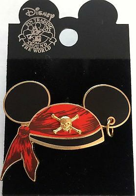"Disney Cruise Line "" Mickey Pirate Ears "" Pin New on Card"