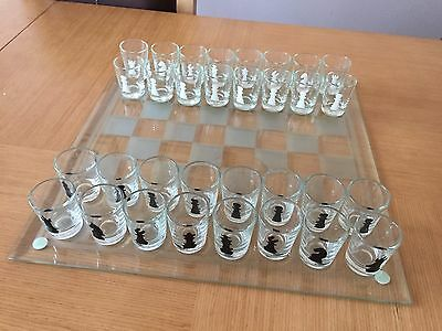 Chess Board Drinking Game Adult Party Shot Glass Boxed Set Excellent Condition
