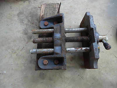 Funky Retro VINTAGE STEEL BENCH VICE - SWEET LOOKING