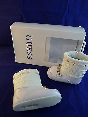 New with box Guess baby girl white boots size UK 1.5, EU 17
