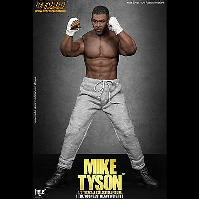 MIKE TYSON The Youngest Heavyweight  / figurine 1/6, 30 cm - STORM COLL.