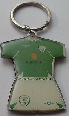 Republic of Ireland FAI Umbro Kit Jersey Metal Keyring UEFA Euros FIFA World Cup
