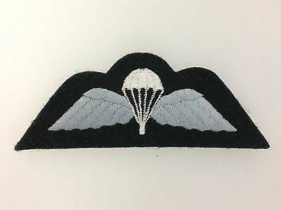 Rhodesia/Rhodesian Army Paratroopers cloth qualification wings