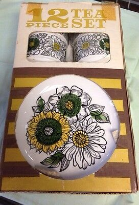 Vintage Retro Biltons 12 piece Tea set  Staffordshire Tableware