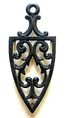 ANTIQUE 19th Century CAST SAD IRON TRIVET 3 Leg HOLDER Ornate Scrolling LEAVES