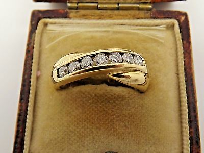 A Fine 750 18ct Yellow Gold 0.50ct Diamond Half Eternity Crossover Ring - Size M