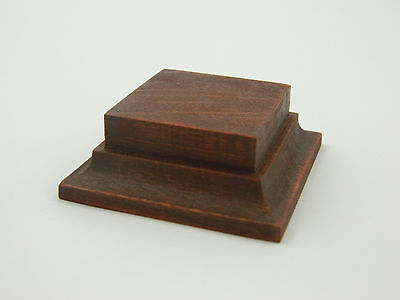 Varnished wooden base in alder for foot figure 54-60mm