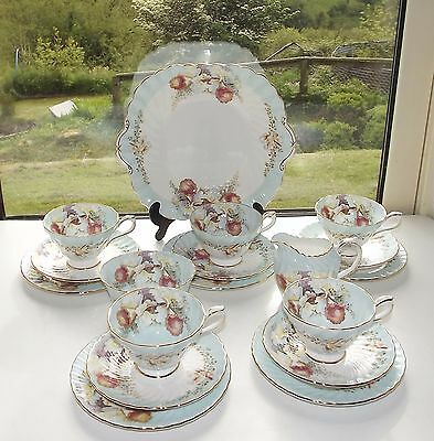 Aynsley Fine China 18 Piece Vintage Teaset Cups Saucers Plates Pattern 2091