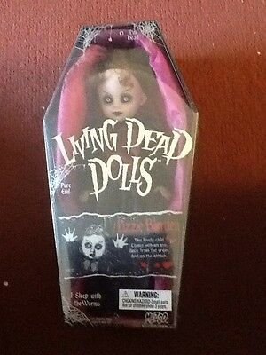 Mezco Living Dead Doll New And Sealed Lizzie Borden