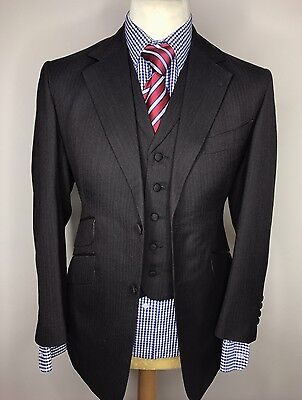NEW TOM BAKER LONDON LUXURY BESPOKE 3 PIECE SUIT FINE STRIPED 38x32x30