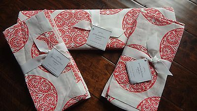 NWT Pottery Barn Greta Medallion Table Runner plus Sets of 8 Napkins Coral/Red