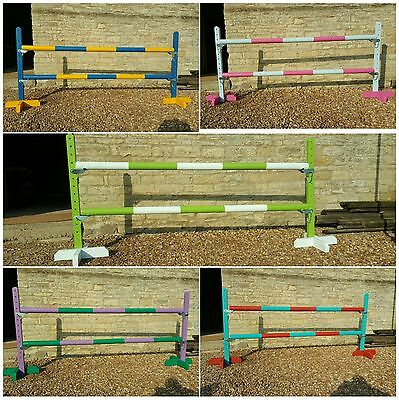 Set of horse/pony 3ft show jump wings with poles Brand new