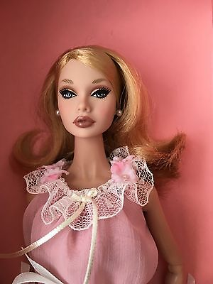 FASHION ROYALTY POPPY PARKER Pillow Talk Complete Doll MINT IN BOX