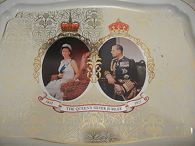 1981 Royal Family Metal Serving Tray Queen Elizabeth Silver Jubilee England