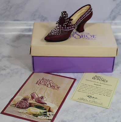 MAJESTIC 25039 JUST THE RIGHT SHOE by RAINE 1999 Willitts Designs