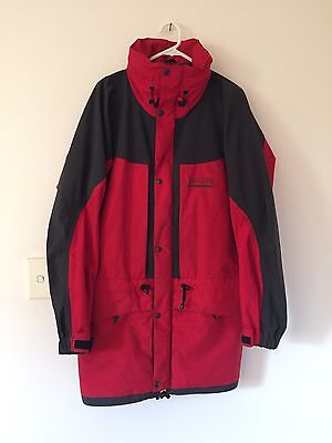 mens/womens kathmandu GORE-TEX jacket with zip in hood size L red and grey