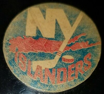 Vintage Art Ross Converse New York Islanders Puck 1969-1977 Rubber Crest Game