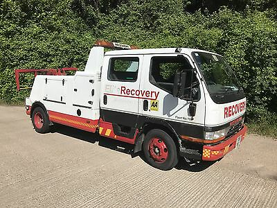 mitsubishi canter spec lift 6.3 ton with 2.5 ton spec lift RECOVERY TRUCK