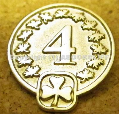 GIRL GUIDES CANADA 4 year DISCONTINUED Pin Near Mint